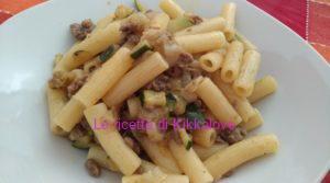 sedanini con zucchine indivia belga e macinato