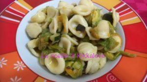 Orecchiette con fiori di zucca e zucchine