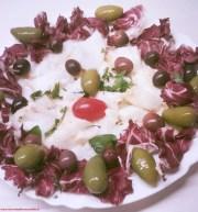 baccalà-in-bianco Baccalà in bianco con radicchio e olive