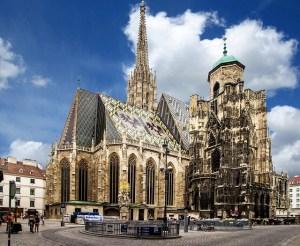 Nordostansicht vom Stephansdom in Wien