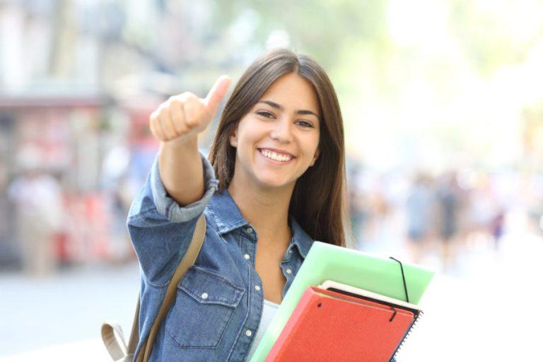 AdobeStock 220707988 1 scaled e1617777227961 - Mathematik - Nachhilfe und Mathematik - Lerncoaching