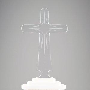 croix transparente avec rayons