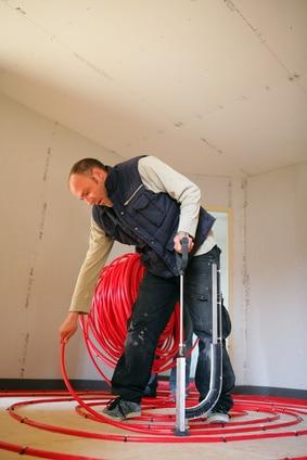 Le plancher chauffant : électrique ou à eau  basse température