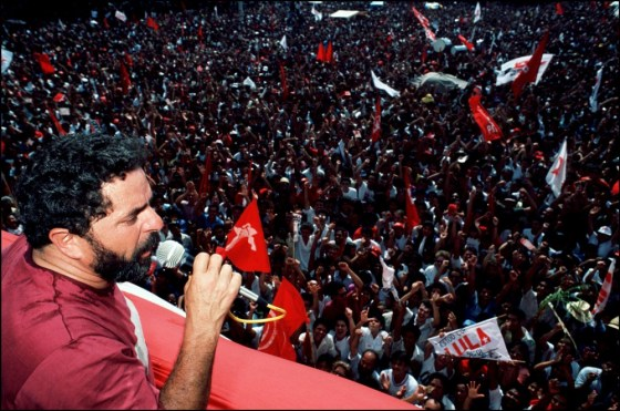 Réunion pour les élections présidentielles à Sao Bernardo Do Campo en 1989. Photo: Gamma-Rapho/Getty Images
