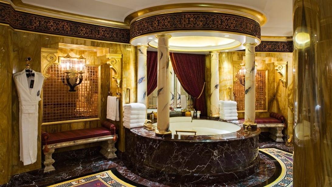 la salle de bain style versailles
