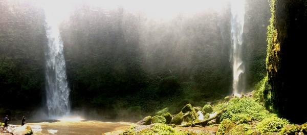 Découvrir Bali autrement : cascade de plaisir, histoire d'O. Les 2 cascades principales de Nungnung