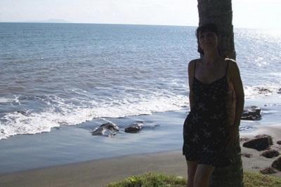Bali plage : l'ouest, Negara, Medewi, Gilimanuk. Valérie à Rening Bay