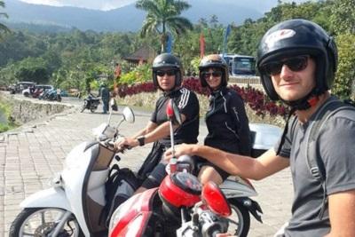 Séjour à Bali : la population, le temps, l'argent, le quotidien. Sorties en scooter