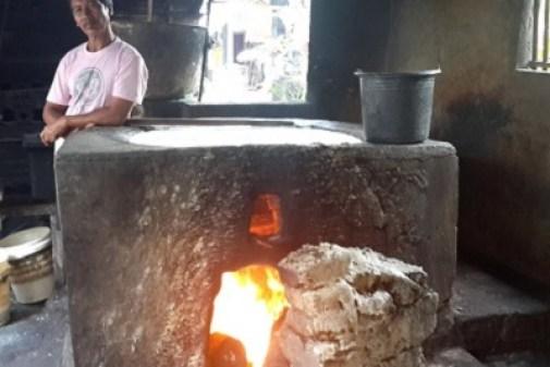 Production de tofu artisanal à Bali : résultat d'enquête. Le four