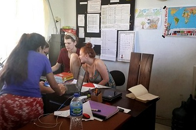 Bali autrement : Yayasan, association pour les enfants. Salle de profs