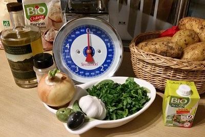 Cuisine végétarienne : recette vegan du pâté aux pommes de terre. Ingrédients garniture