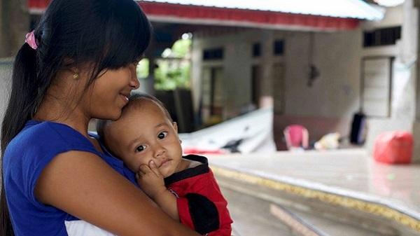 Urgence à Bali, pour les réfugiés 1% d'action sera toujours mieux que 0. Une jeune mère
