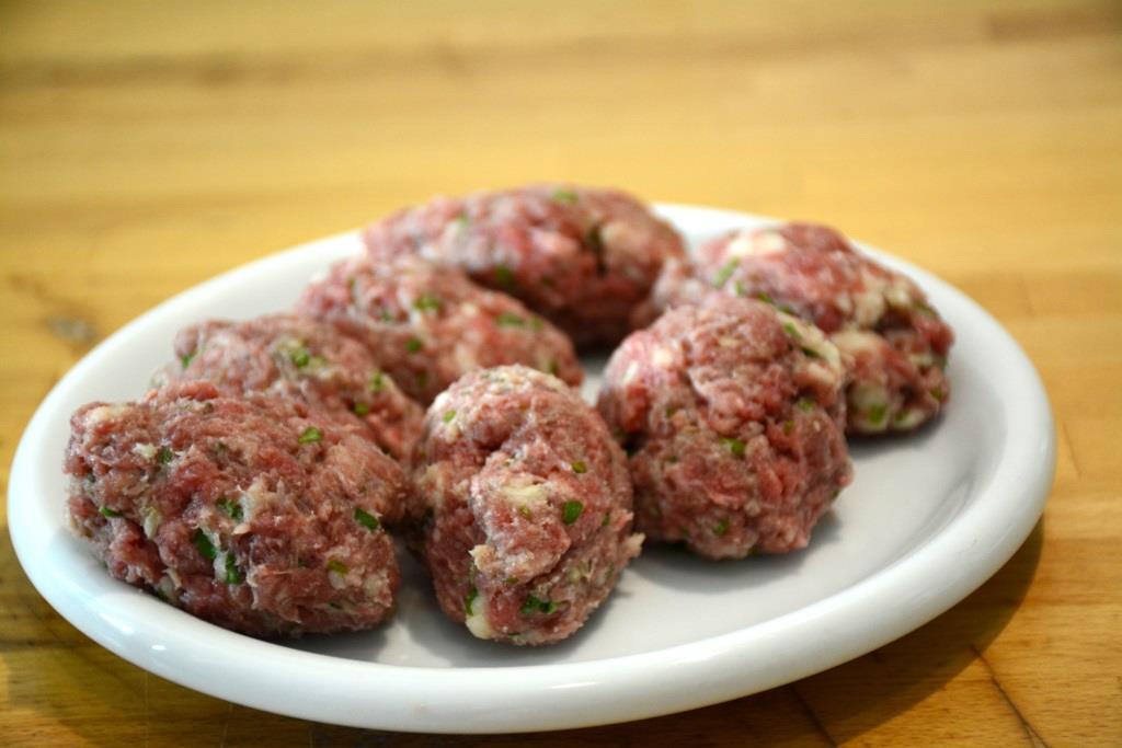 4. meatballs crues