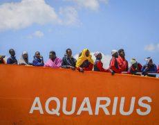 Immigration : l'Aquarius rentre au port