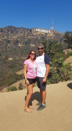 Les Amoureux du Monde devant le Hollywood Sign