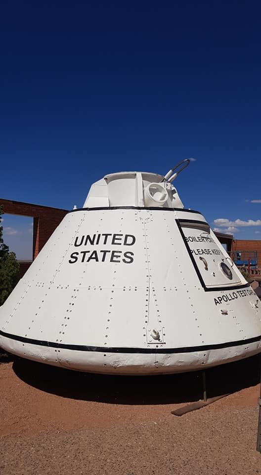 Capsule spatiale Apollo sur le site de Meteor Crater