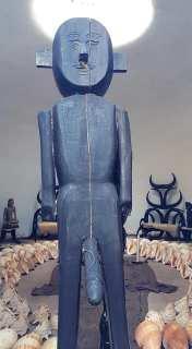 Sculpture à Baan Dan Museum (Black House)