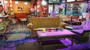 le canapé de Friends - Warner Bros