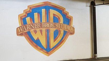 logo de Warner Bros Studios