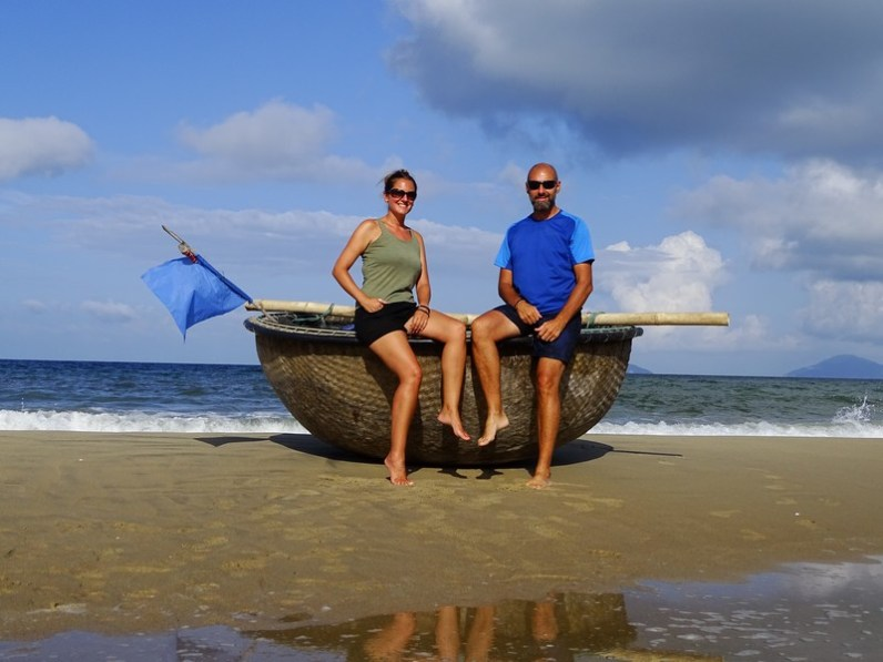 Basket boat sur la plage de Hoi An
