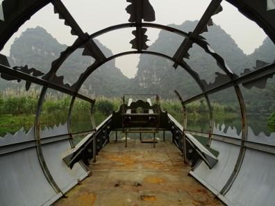 balade en barque au départ de Trang An - Baie d'Halong terrestre