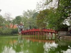 Pont rouge de Hanoi