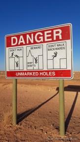 Panneau danger Coober Pedy - Australie