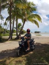 Tour de l'île des Pins en scooter