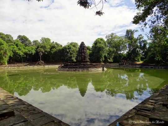 neak pean temple angkor