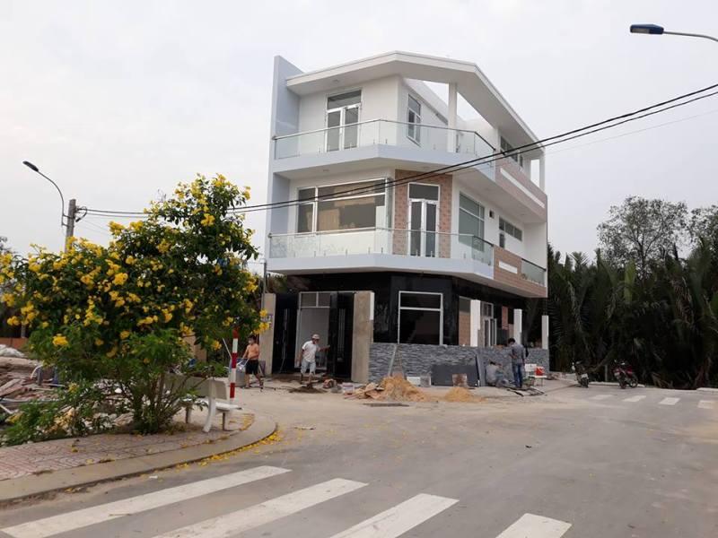 Một mẫu nhà rất đẹp khách đã xây dựng gần như hoàn thiện tại dự án Rio Centro đường Gò Cát, phường Phú Hữu, Quận 9