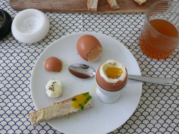 soft-boiled egg w/ chive and jalapeno bread spears