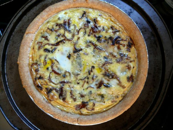 caramelized red onion and blue cheese quiche