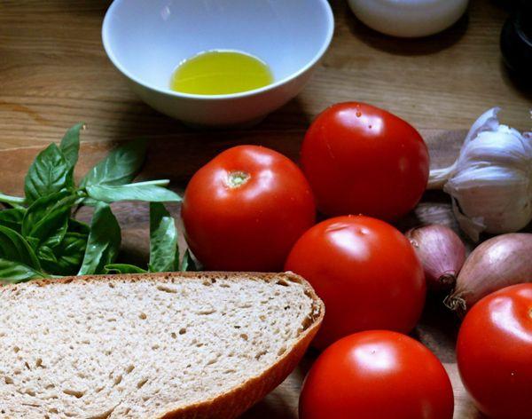 crusty bread, tomatoes, basil for panzanella
