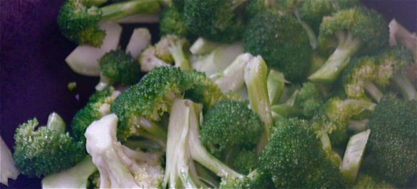 stir-fried broccoli