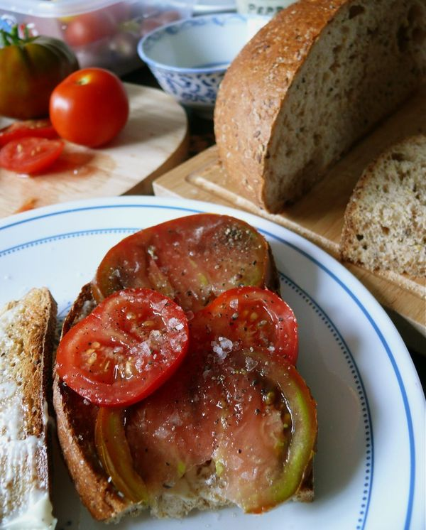 saveur's tomato sandwich