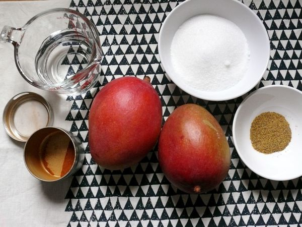 peach, sugar, vinegar and spices