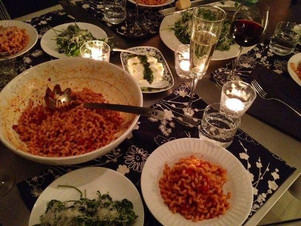 the lazy, sunday spaghetti dinner party that wasn't