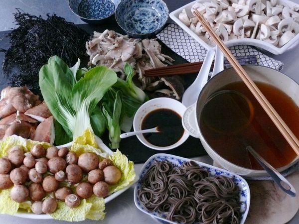 spicy mushroom hot pot