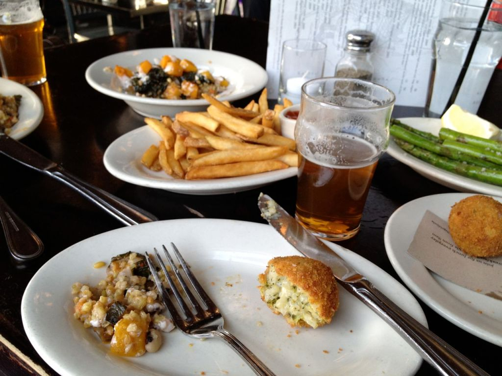 village idiot gastropub fare