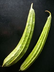 raw, unpeeled chinese okra