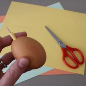 œuf surprise de Pâques