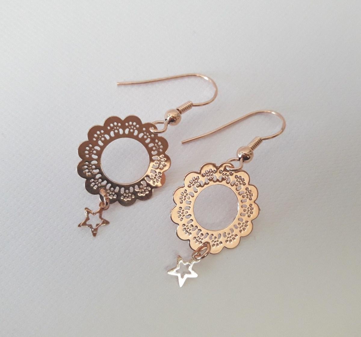 Boucles d'oreilles or rose fleur étoilé