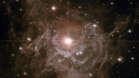 Il disaccordo sulla costante di Hubble che mette in crisi la cosmologia
