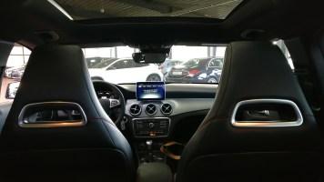 Mercedes-Benz GLA 200 2