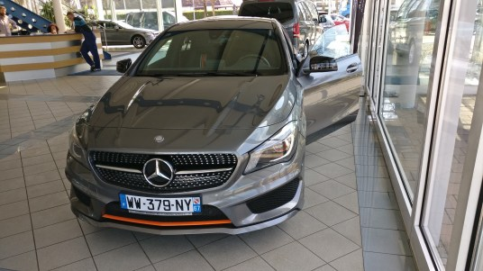 Mercedes-Benz CLA 200 Shooting Brake AMG
