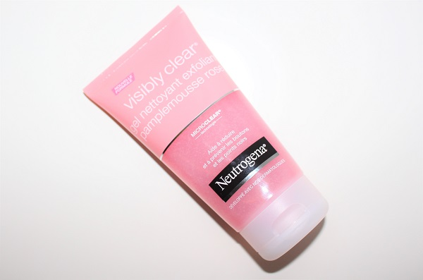 neutrogena visibly clear exfoliant pamplemousse