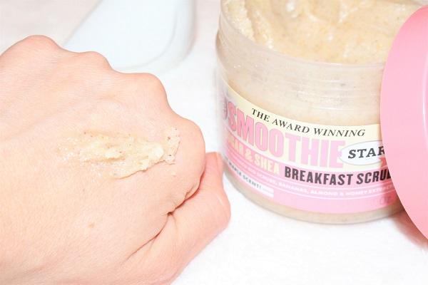 Smoothie Breakfast Scrub Soap&Glory