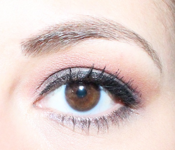 maquillage rose ancien
