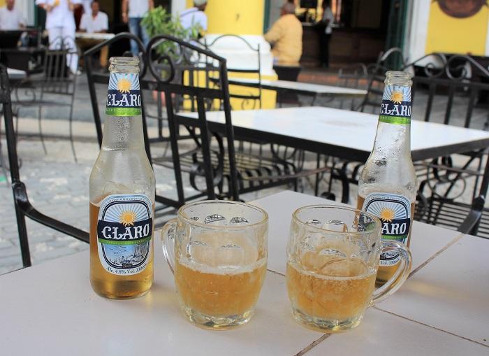 Plaza Vieja cuba boire un verre