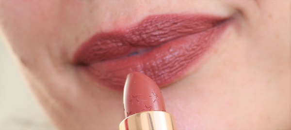 swatch lux lipstick la lady